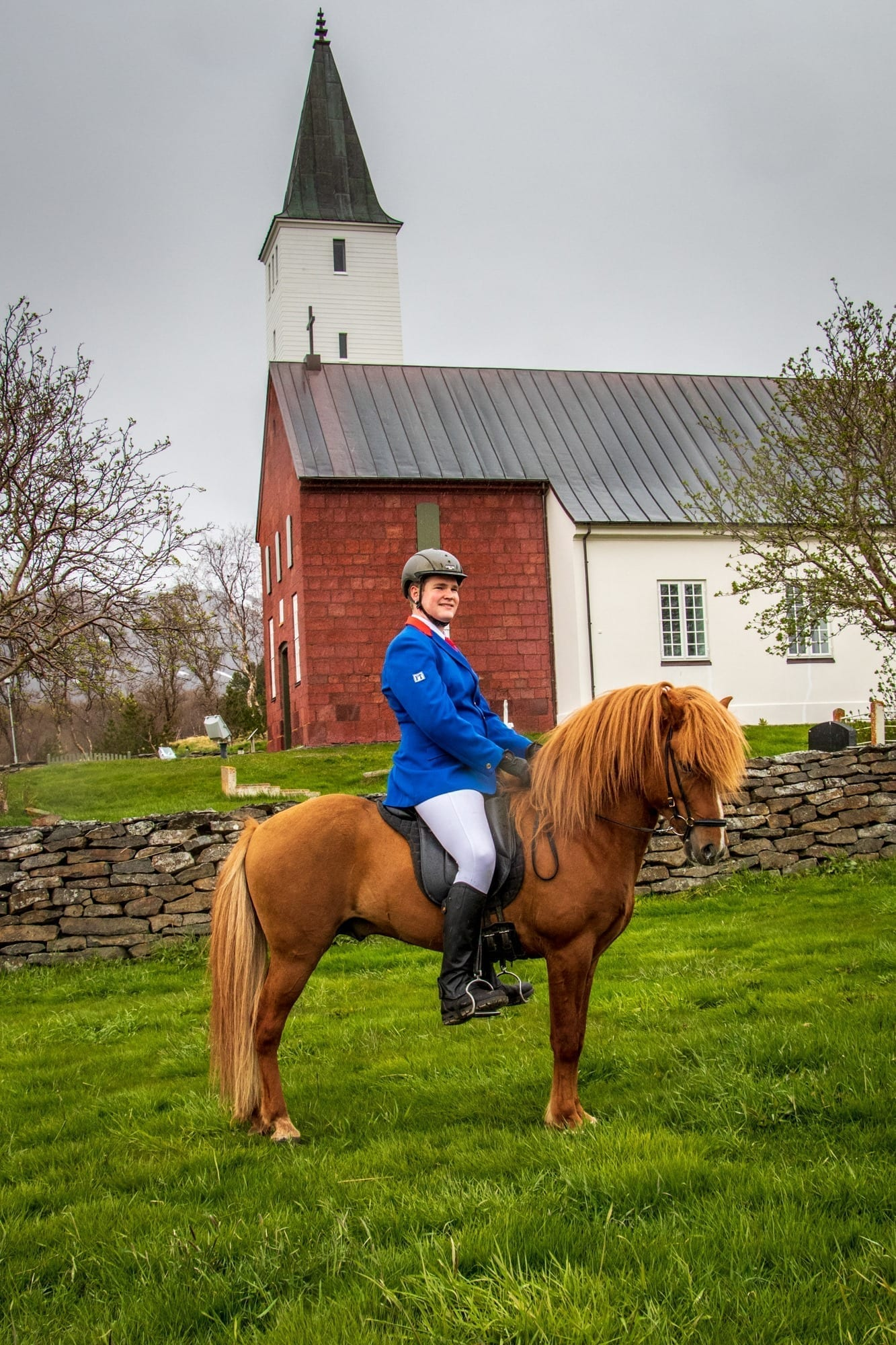 Eggert Helgason riding teacher from Hólar University